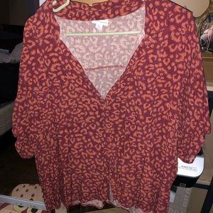 LuLaRoe Cheetah Amy shirt
